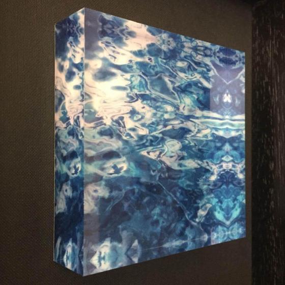 Photo hinter Acrylblock 10 x 10 cm im Objektrahmen 24 x 24 cm schwarz 14.11.2019 - 23:19